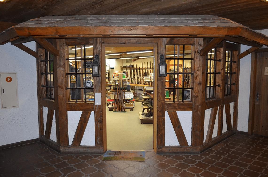 Eingang Waffenladen